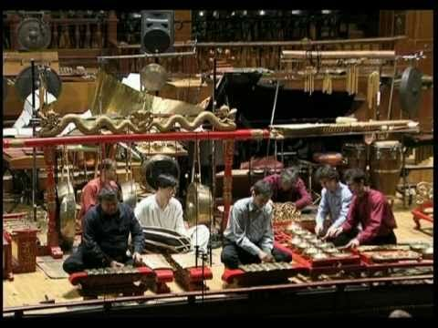 Indonesian gamelan medley from Java, Sunda and Bali. The sounds that lull me to sleep each night from nearby temples....oh, and the frogs in the rice fields!