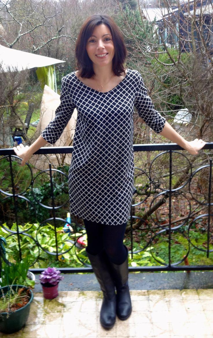 les 25 meilleures id es de la cat gorie robe profond d collet sur pinterest robe col v. Black Bedroom Furniture Sets. Home Design Ideas