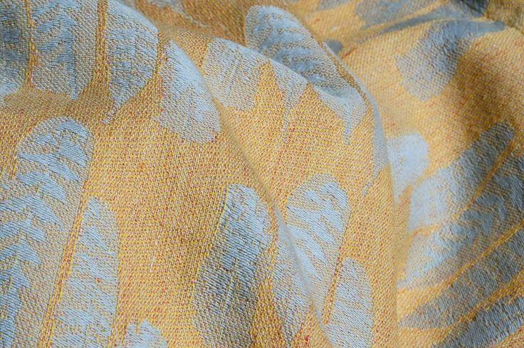 Sling Studio Falling Feathers Falling Feather - Lark Wrap (linen)