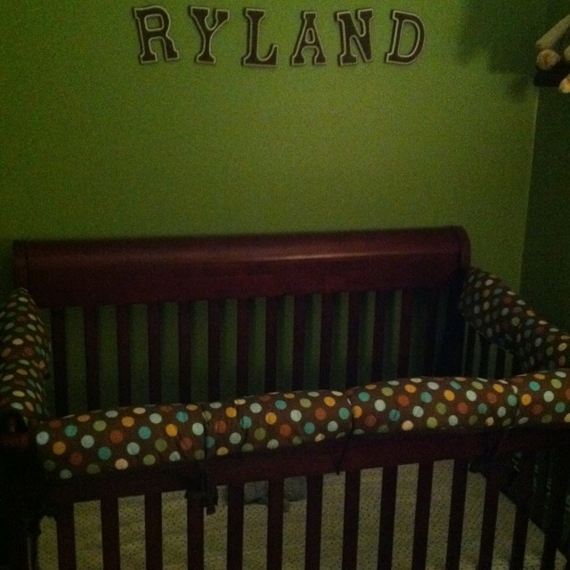 Child ruining crib with teeth? Don't buy expensive rail guards, re-use your crib bumper!!!! Tie it on tight and zip tie in the center if needed! Works great!Railings Guard, Pool Noodles, Pools Noodles, Expensive Railings, Cribs Bumper, Buy Expensive, Child Ruins, Teeth Mark, Ruins Cribs
