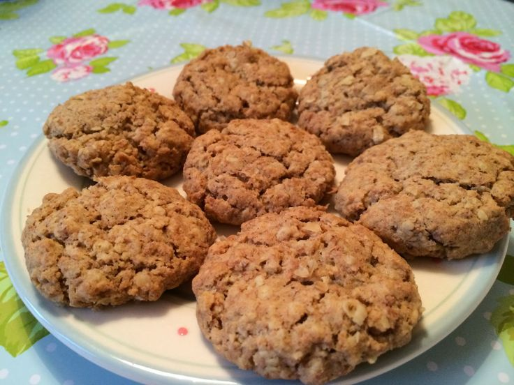 Ginger hobnob biscuits recipe - oaty gingery goodness over on Mrs Bishop's Bakes and Banter