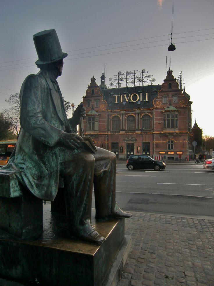 Kopenhagen zu Fuß - ein Stadtsparziergang entlang verschiedener Sehenswürdigkeiten: Tivoli
