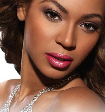 black womens eye make-up