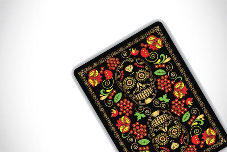 Kickstarter: CALAVERAS DE AZÚCAR Playing Cards by Natalia Silva