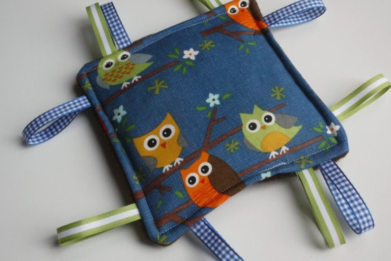 Tag Toy  Baby Taggie  Baby Crinkle Toy  Teething by BirdieAndDot, $8.00