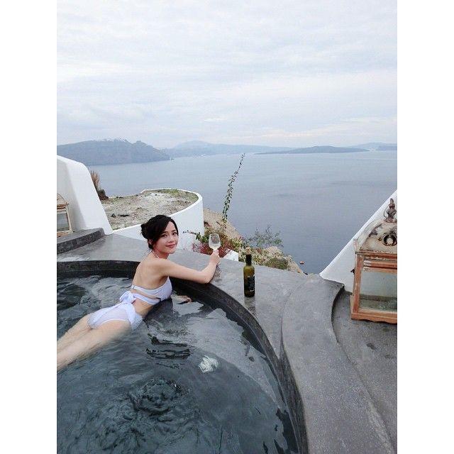 Just you and the #AegeaSea #AndronisExperience #Luxury #Santorini Photo credits: @pinkyqqq
