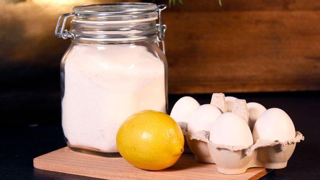 Två bra sätt att kunna göra en härlig och syrlig citronsorbet på hemmaplan.