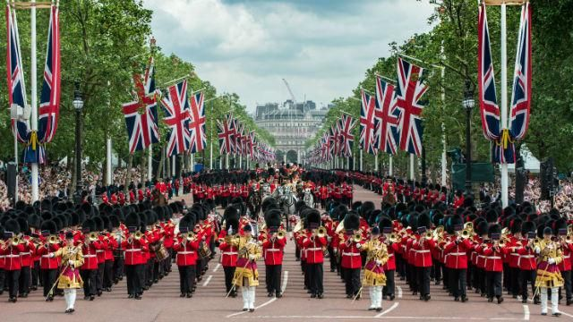 London celebrates The Queen's official birthday in June each year with Trooping the Colour at Horse Guards Parade, a fantastic military ceremony. 17 Jun