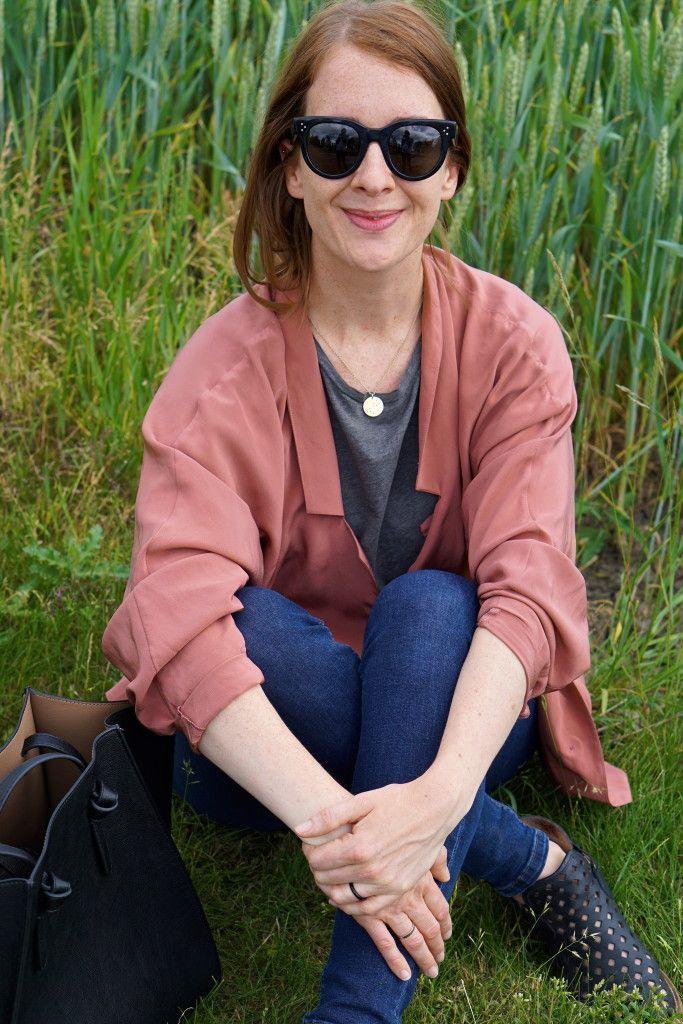 Silk Zimmermann blazer, Zara tote and Mussi & Cloud boots