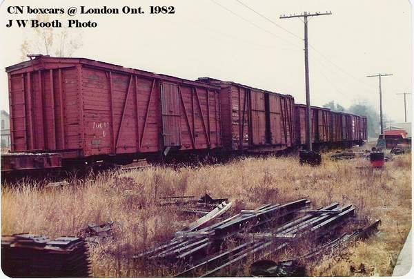 CN Outside Frame Boxcars at London Ont 1982