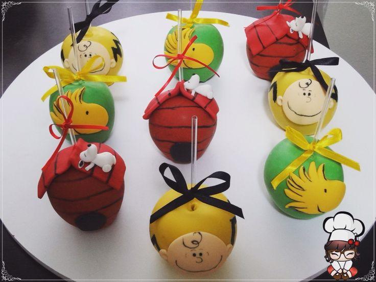 Maças decoradas Snoopy.