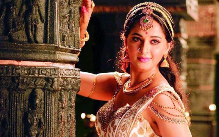 Anushka Shetty Latest Photos in Rudrama Devi YouTube