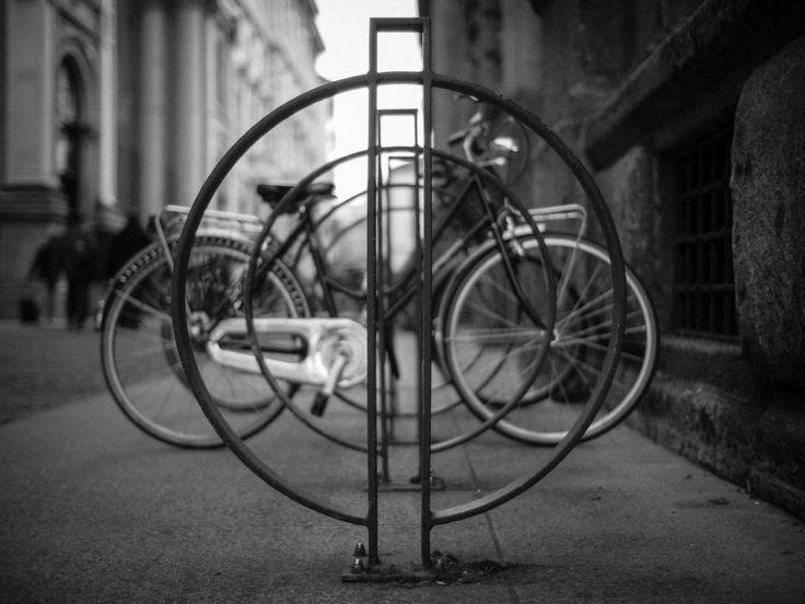 https://flic.kr/p/BsdpfM | Wheels | Rolling and not