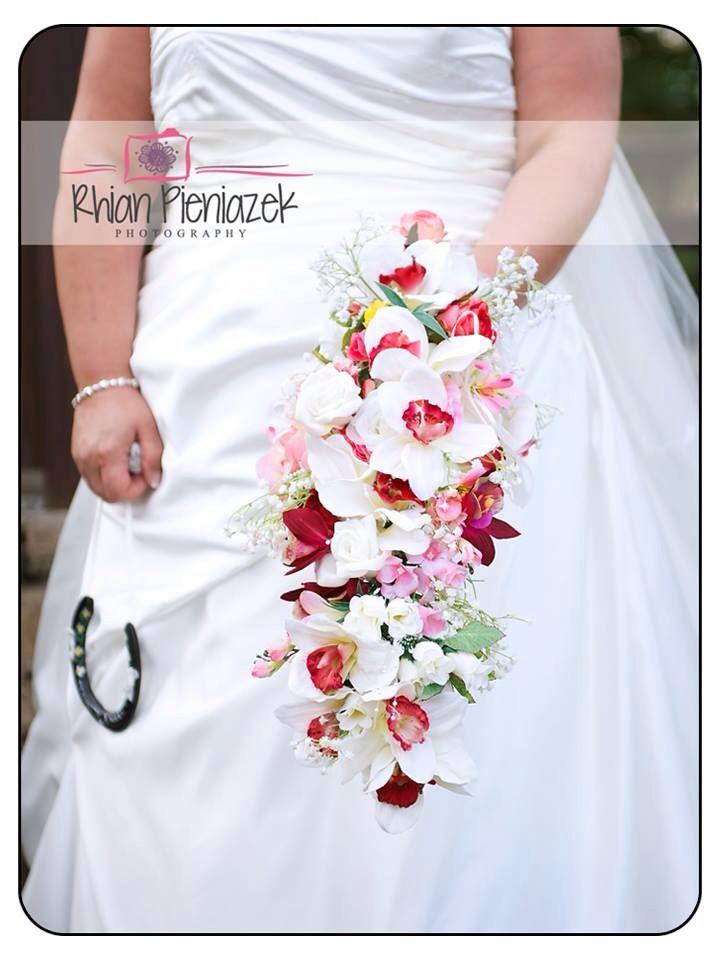 Wedding bouquet. Rhian Pieniazek Photography.