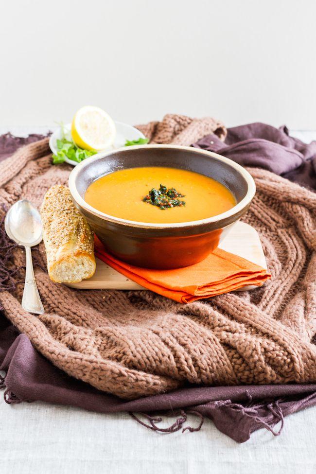 Türkische Rote Linsen Suppe mit Zitrone & Minze // haseimglueck.de