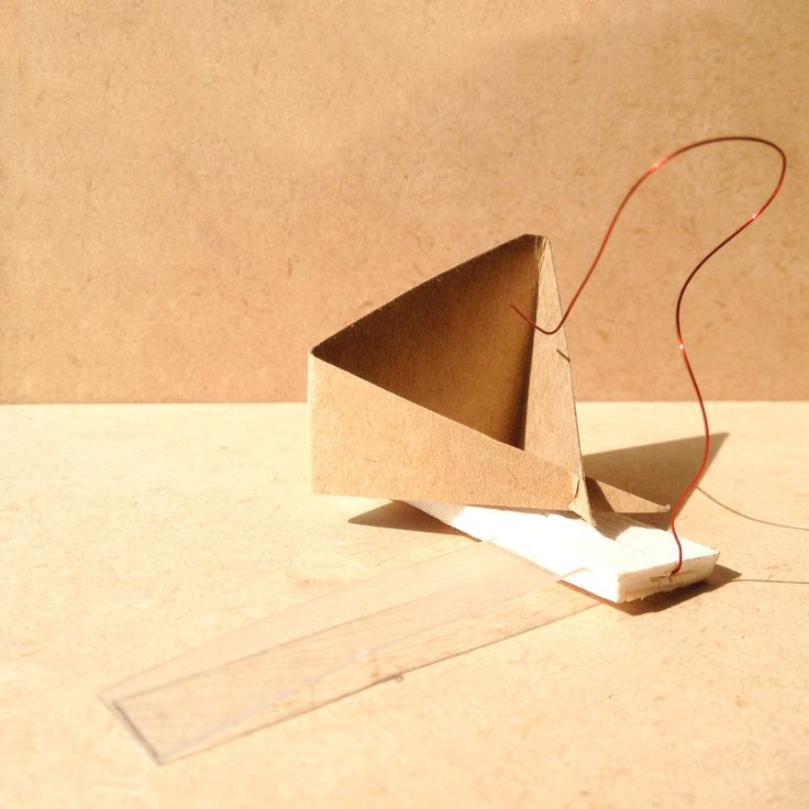 exercise five / model X: transparency film, balsa wood, brown paper and wire