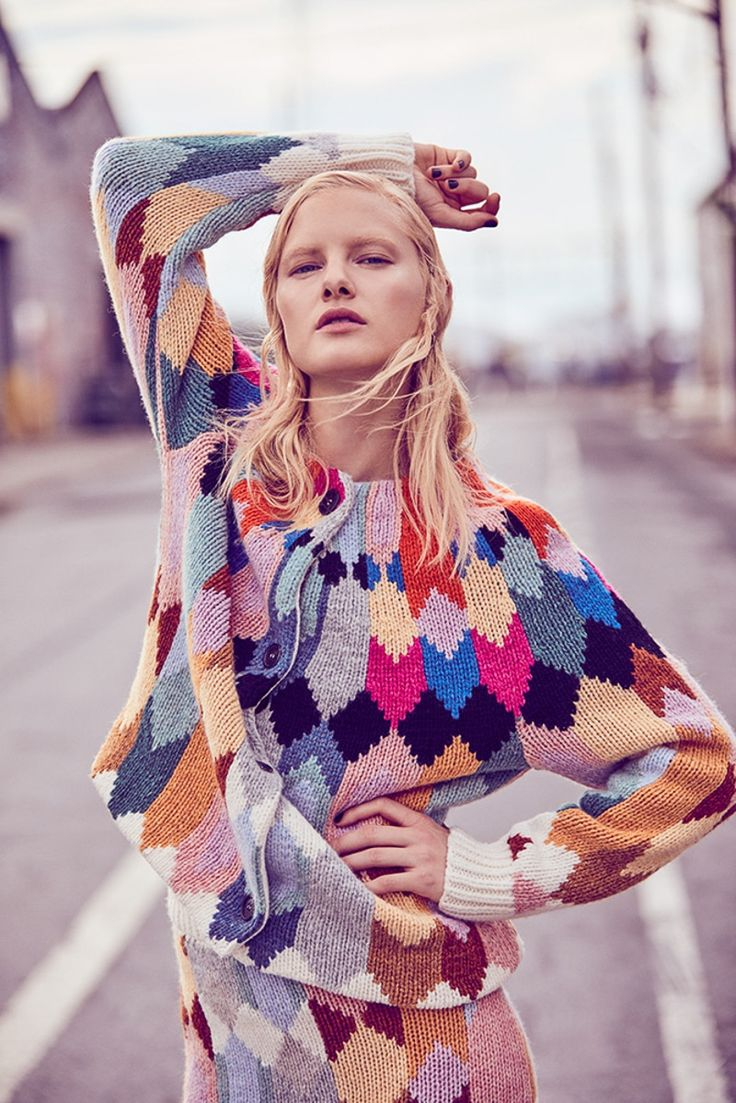Photography: Amanda Pratt. Styled by: Connie Berg. Hair: John Ruidant at See Management. Makeup: Colleen Runne. Model: Hannah Holman.
