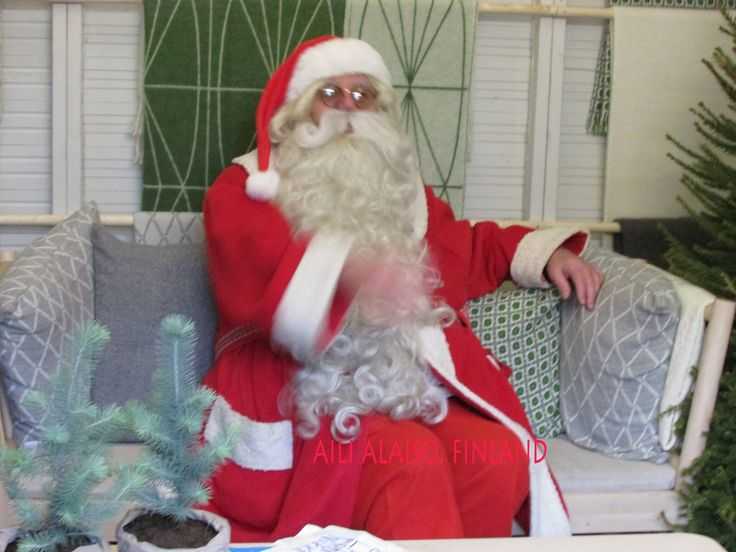 I met Santa Claus ..hoohoohoo!!! photo by Aili Alaiso,Finland