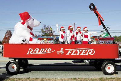 christmas parade floats | ... County News Times - Views of the Martinez Christmas Parade 12/04/02