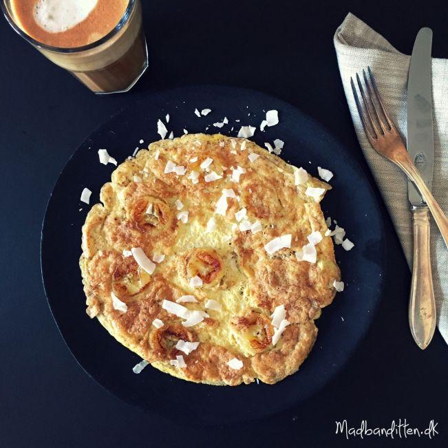 Mejerifri morgenmad: banan-omelet og kokoskaffe
