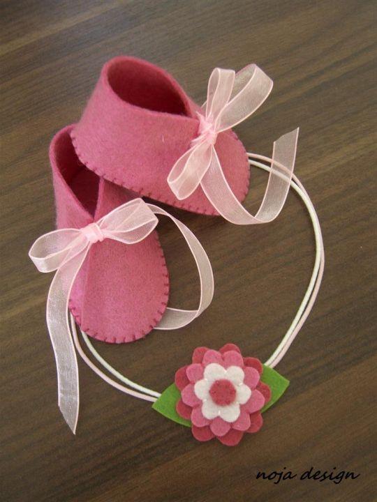 Hajpánt és gyerekcipő by http://www.breslo.hu/noja.design/shop