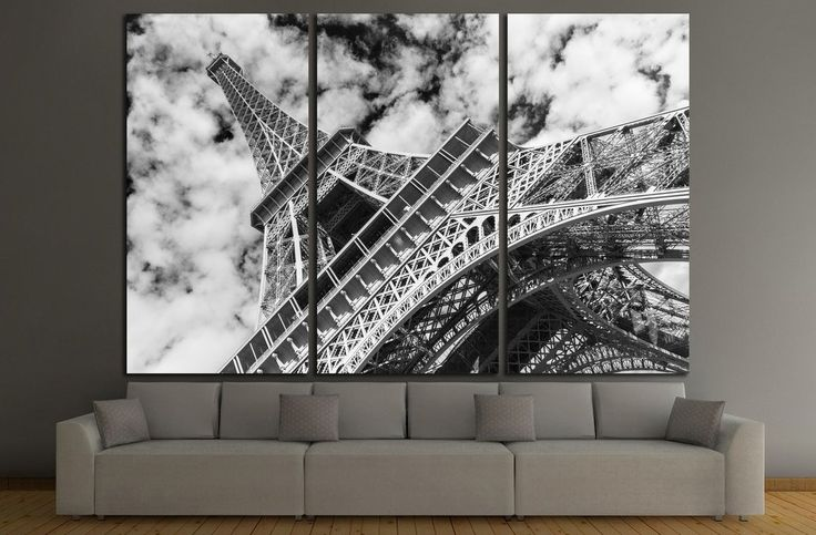 Eiffel tower, Paris. Black and white №1180