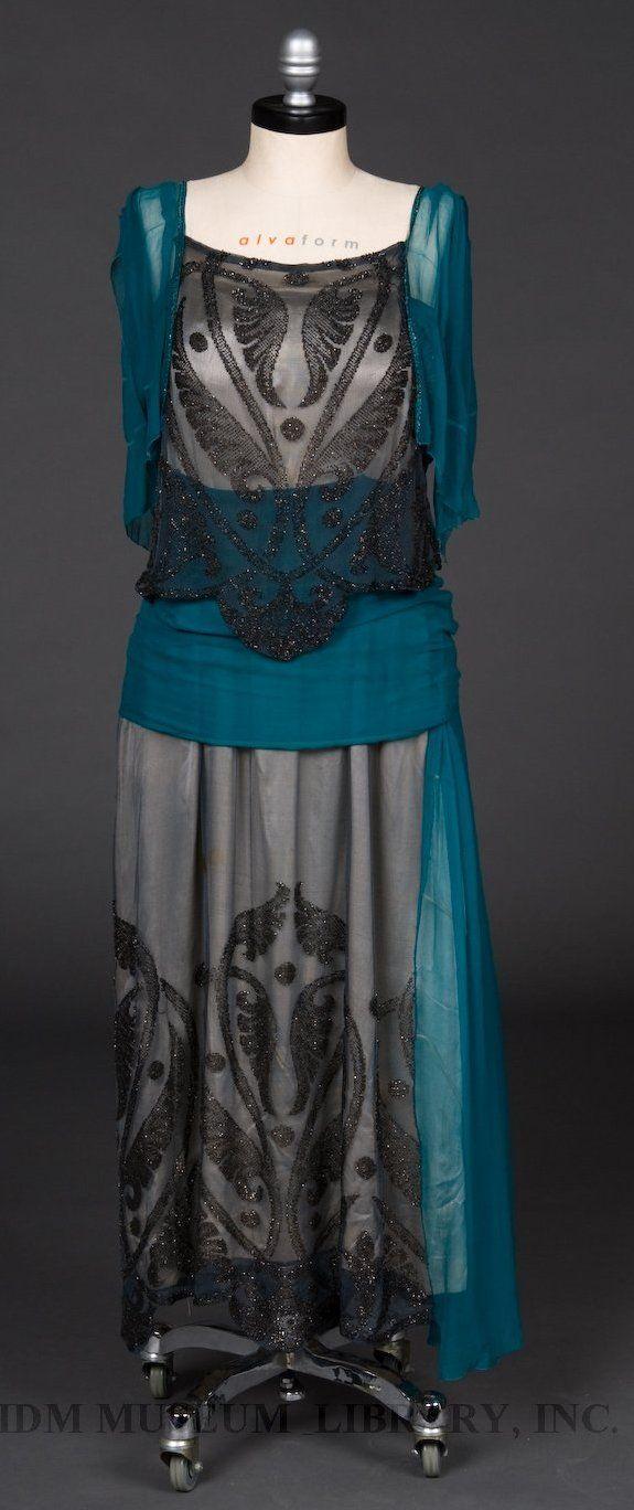 Flapper   Evening gown 1919-1920