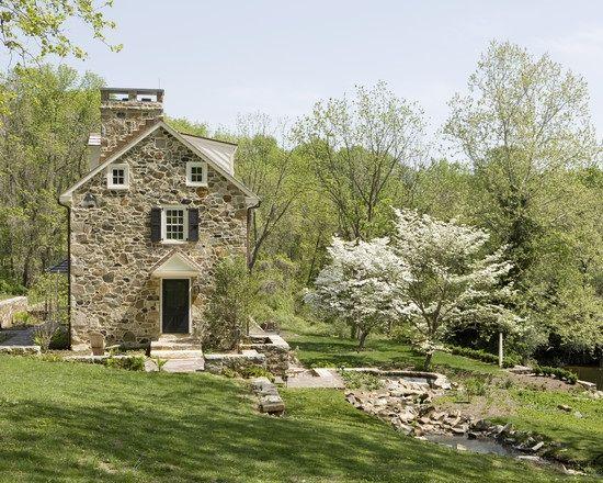 stone farmhouse architecture