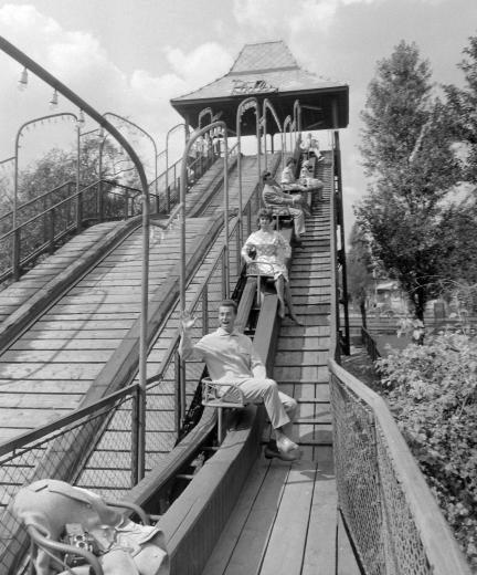 Budapest anno: több, mint nosztalgia...: Ilyen volt... a Vidám Park - Ródli, 1960-as évek