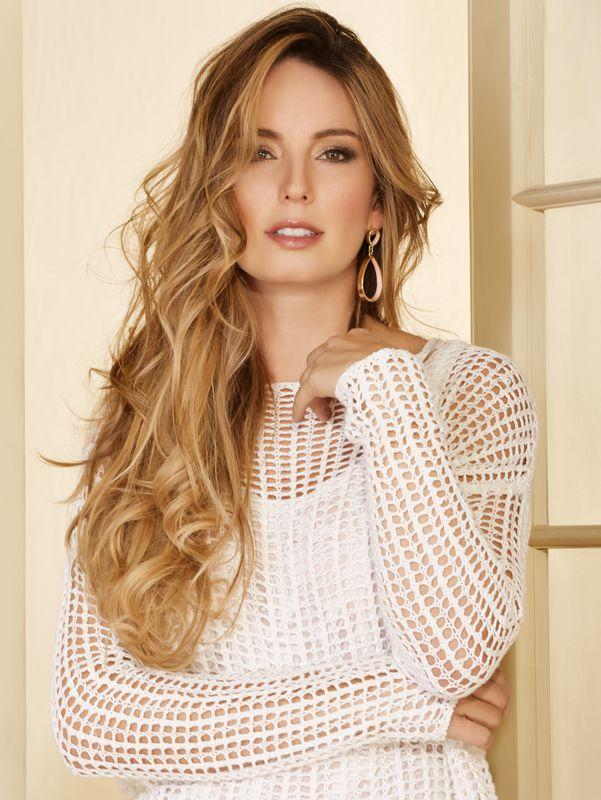 Esta semana probemos con un tejido Derek. ¿Que les parece? @CLAUDIABAHAMON #OutfitDerek #Moda #Fashion