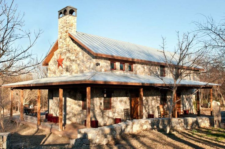 Really like the look of this fieldstone house.