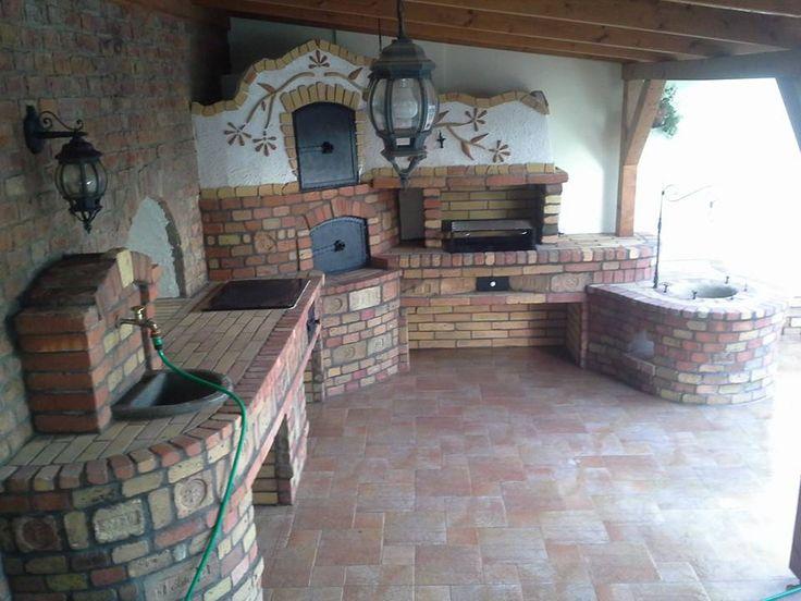 Pin von cathrin auf gartenhaus pinterest outdoor k che - Gartenhaus mit feuerstelle ...