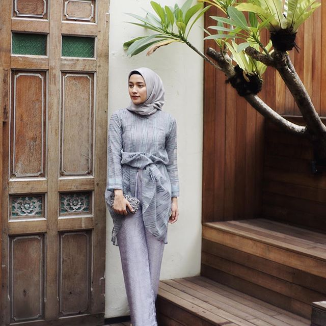 My kondangan looks last weekend wearing outfit from @myvb_atelier