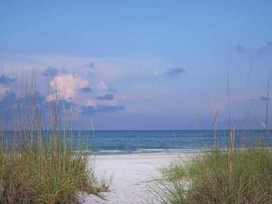 Maderia Beach, Florida...My sooner-than-later home.  I daydream about it everyday!!!