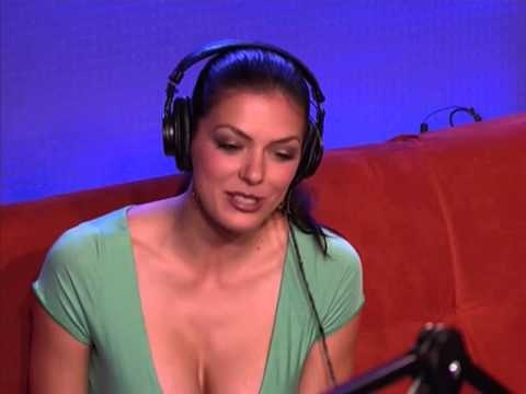 Adrianne curry rides sybian 4