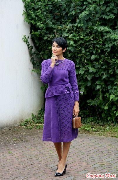 В конце июня я показывала отдельно юбку http://www.stranamam.ru/ И в это же время уже активно вязала к ней пуловер. Но начала я вязание с баски.
