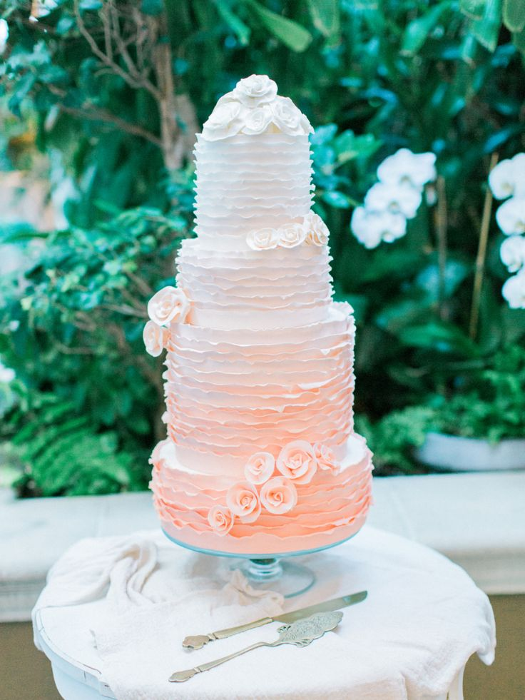 Peach Marbled Wedding Cakes
