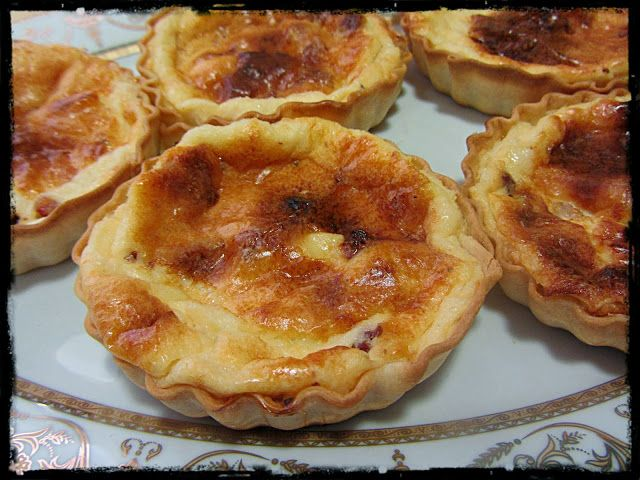 Tartaletas de jamón y queso de cabra
