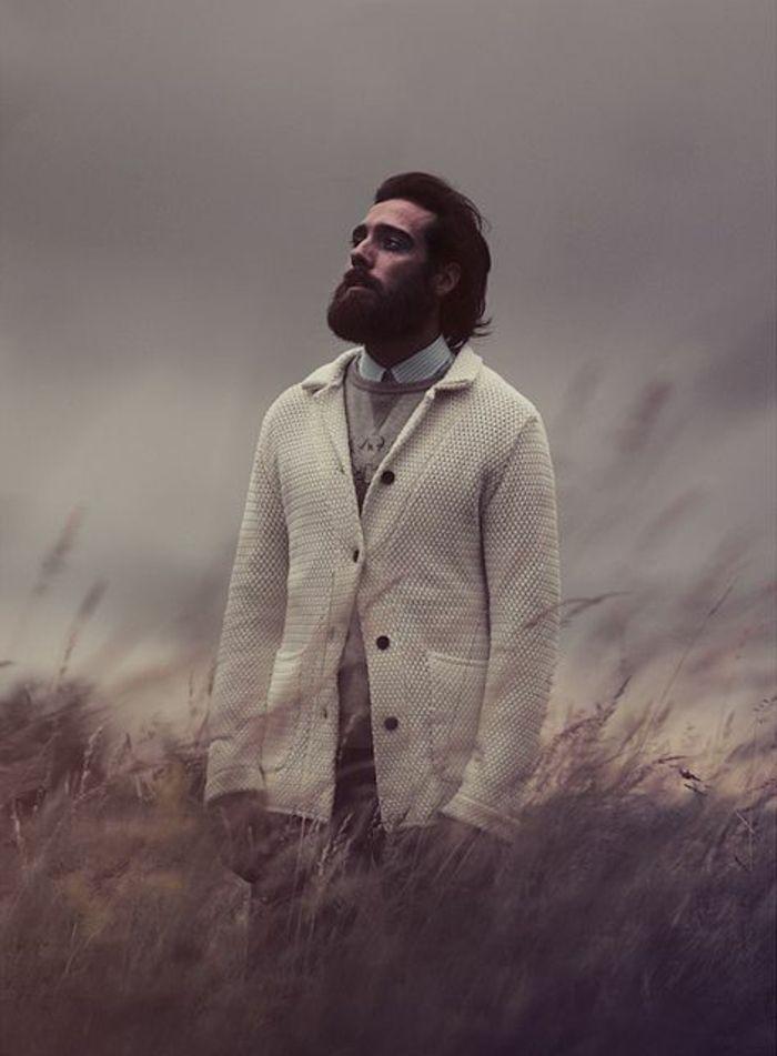 tipos-de-barba-hombre-barbudo-pelo-medio-barba-a-la-moda-elegante-atractivo