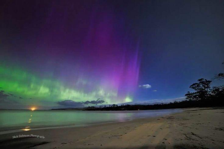 Aurora Australis, Tasmania, Australia Nick Dobinson Photography