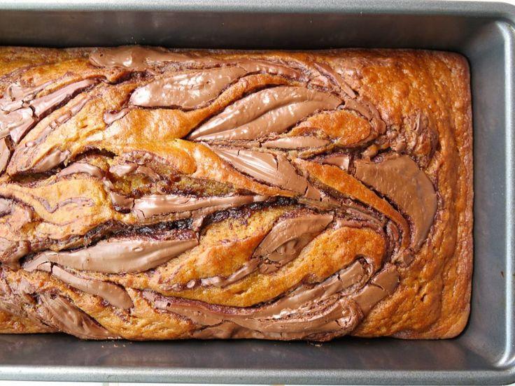 Skinny Nutella-Swirled Pumpkin Bread. Perfect for fall!