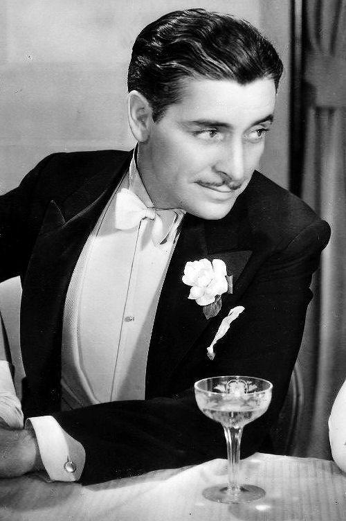 Ronald Colman in Raffles (1930)