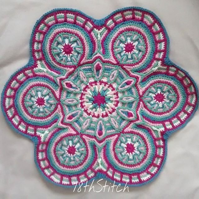 17 best images about crochet mandala on pinterest free for Pattern overlay