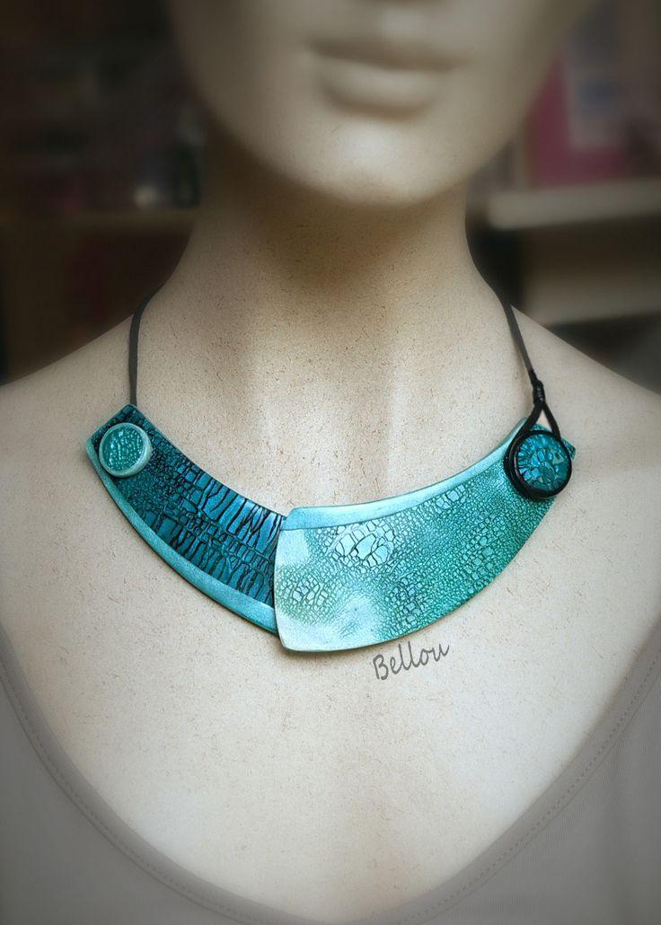 Plastron turquoise argile polymère