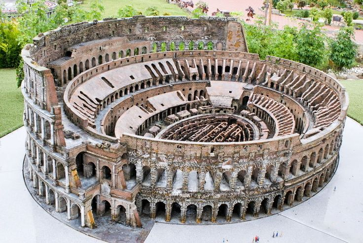 great builders of rome essay The ancient roman culture had a direct impact on how we view art, literature, architecture, education and religion early roman civilizations were very sophisticated and idealistic they build great architectural buildings and performed famous playwrights at these ancient places.