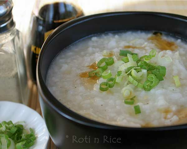 This simple and tasty Chicken Rice Porridge is so easy to prepare. It makes a delicious breakfast and is a bowl of comfort any time of the day. | Food to gladden the heart at RotiNRice.com
