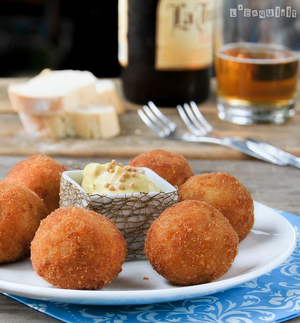 Bitterballen (Dutch Croquettes), very easy to prepare
