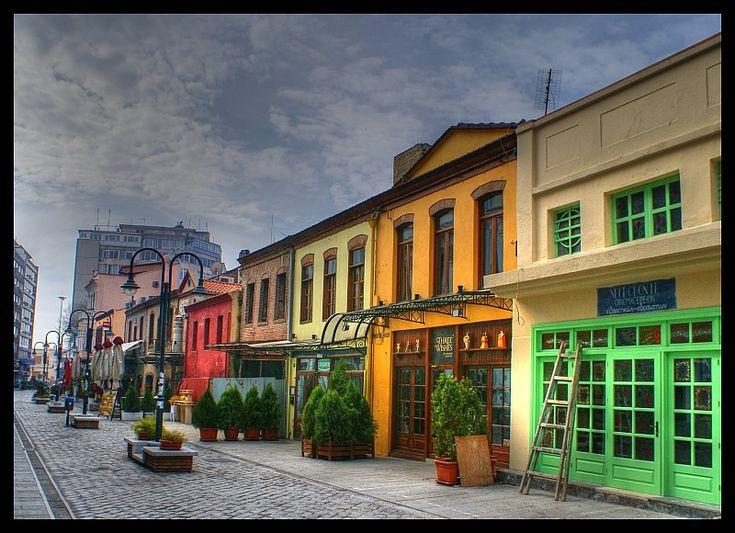 Εδώ χτυπάει η καρδιά της νυχτερινής Θεσσαλονίκης, Λαδάδικα