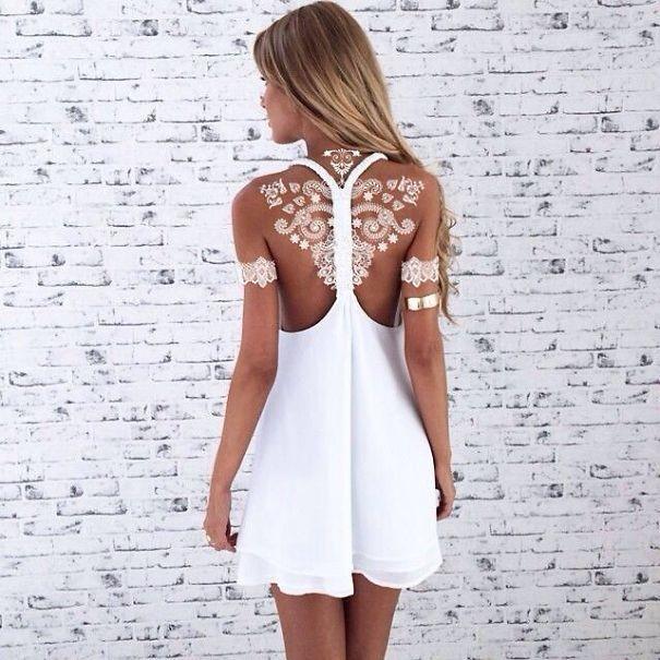 30 tatouages au henné blanc qui ressemblent à de la dentelle - http://www.2tout2rien.fr/30-tatouages-au-henne-blanc-qui-ressemblent-a-de-la-dentelle/