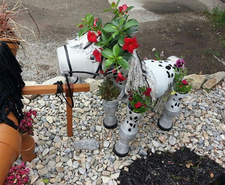 Other Side of the second flower pot horse